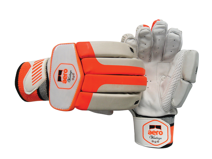 Aero Batting Gloves 3 Star jnr